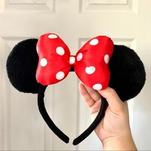 Official Disney Park Minnie Mouse Ears